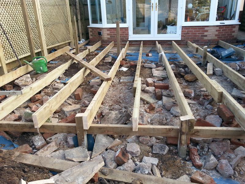 Decking hard landscaping pro gardens oxfordshire for Garden decking framework